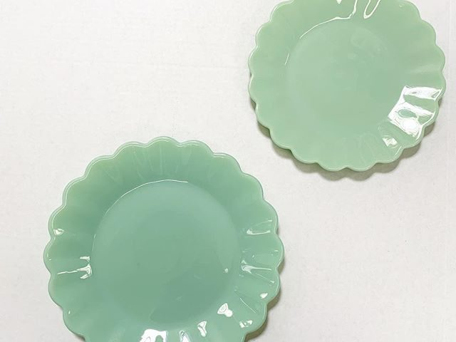 The Pioneer Woman Jade Tableware