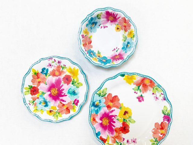 The Pioneer Woman Breezy Bouquet Melamine Dinnerware