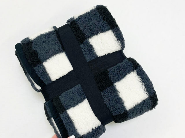 Better Homes and Gardens Sherpa Throw Blanket